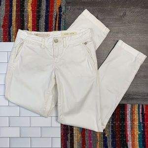 Anthro Pilcro & Letterpress White Hyphen Chinos